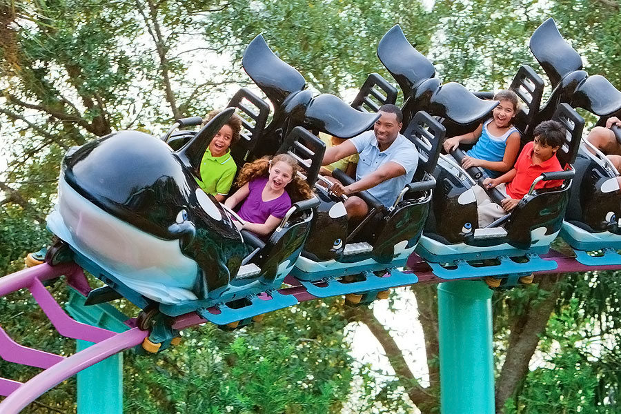 Shamu Express® At Shamu's Happy Harbor