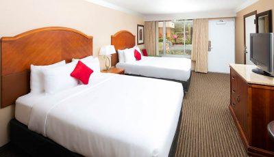 Red_Lion_Hotel_Orlando_KissimmeeMaingate_Guestroom_03