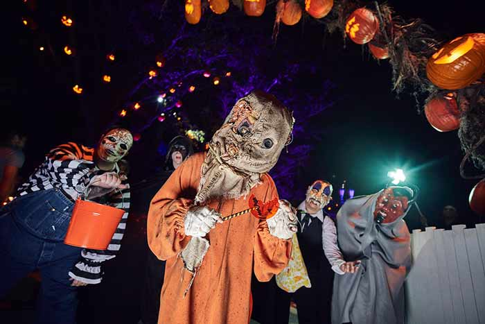 16_Trick-r-Treat-Scare-Zone